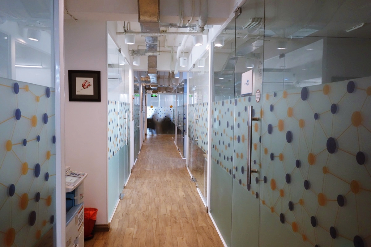 コワーキングスペース「cirCO」の廊下
