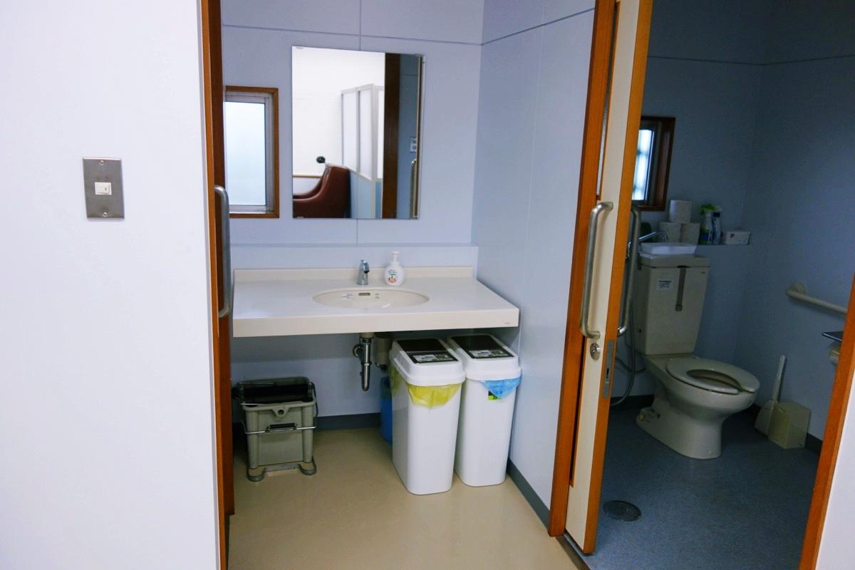 かさりのトイレ