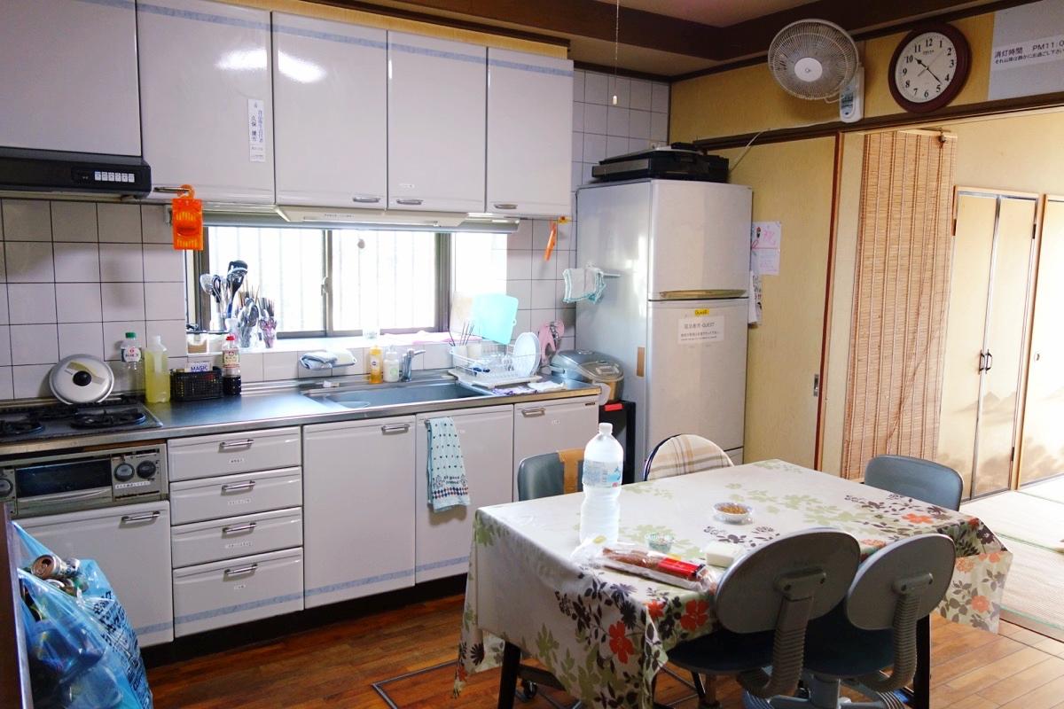 奄美ロングビーチの共有キッチン