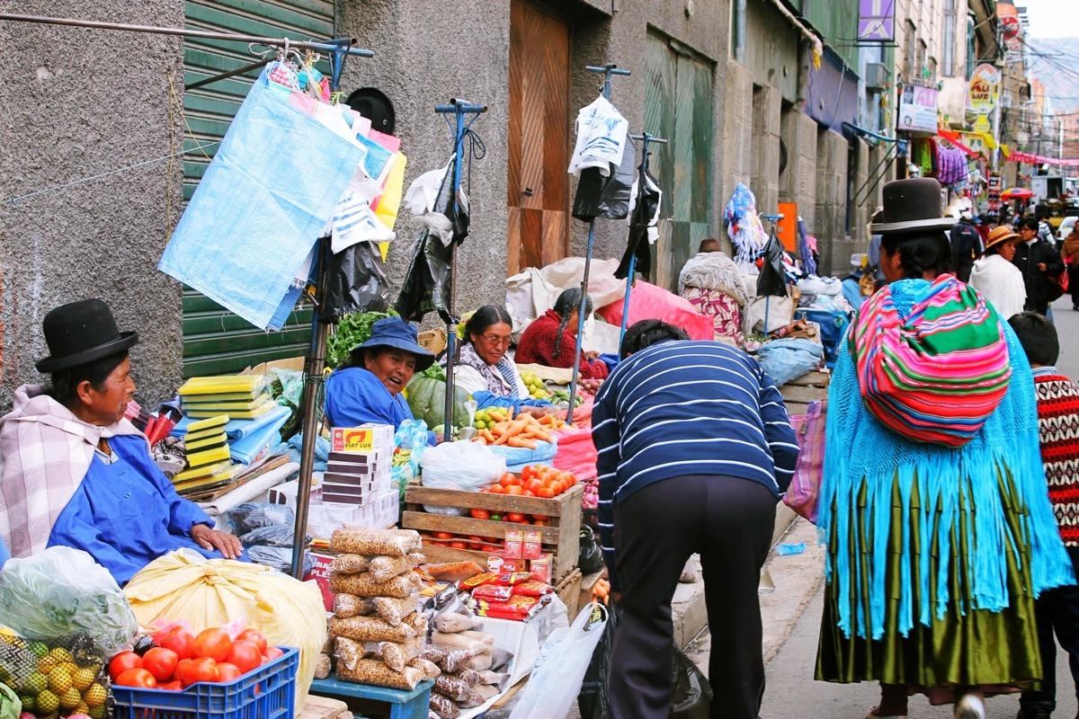 ラパスの路上市場