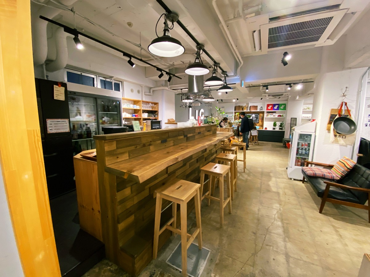 いいオフィス上野 by LIGのキッチンスペース